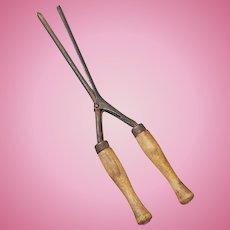 Vintage Miniature Curling Iron