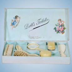 Boxed Assortment of Toilette Accessories Doll Sized
