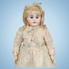 Simon & Halbig 949 Doll