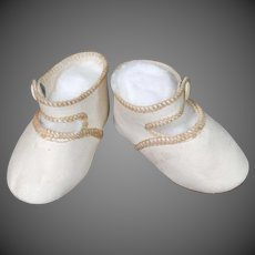 Soft Cream Leather Doll Shoes
