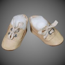 German Doll Shoes in Ecru Oilcloth