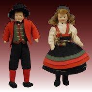 Pair of Ronnaug Petterssen Norwegian Dolls