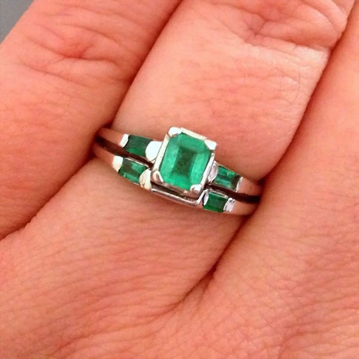 Retro Emerald 2ct 14k Gold Engagement Wedding Ring Band Red Tag Item