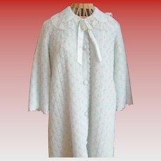 Vintage Puffy Bathrobe...Soft, warm and adorable