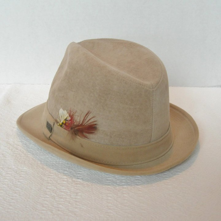 27aed29c061b3 Vintage Dobbs Fifth Avenue Suede Short-Brimmed Fedora   Dorothy s ...