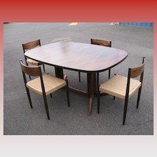 Gudme Emobelfabrik, Danish Modern Rosewood Table