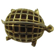 DeNicola Turtle pin with Amber beads
