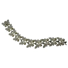 Judy Lee frosted leaf and faux pearl bracelet