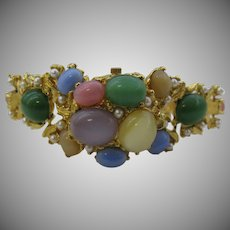 Vintage watch bracelet with wonderful cats eye stones