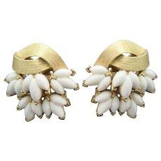 Vintage Trifari earrings leaf design