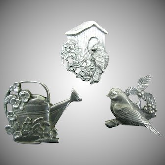 Birds & Blooms pewter bird house with flowers and bird plus free gifts
