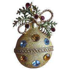 Vintage Christmas Ornament pin
