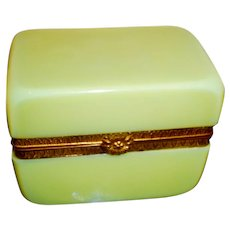 Brilliant yellow opaline glass box