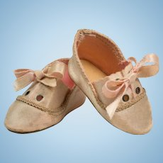 "2-1/4"" French Light Pink Shoes Sz 3 for Antique French or German Doll"