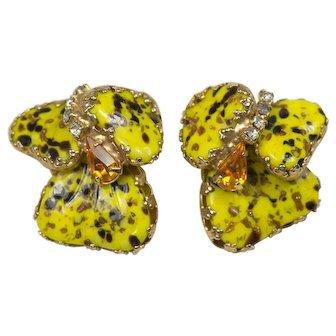 Hobe Vintage Mayorka Petal Clip Earrings