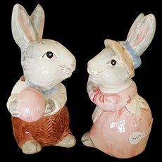 Sweet Bunny Rabbit Salt and Pepper Shakers