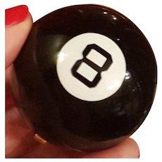 Vintage Henriette 8 Eight Ball Novelty Compact