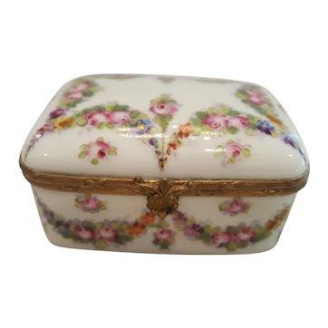 Fine Antique French Sevres Porcelain Casket Trinket box