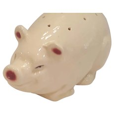 Vintage Sweet Little Pig Hat Pin Holder