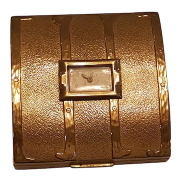 Vintage Novelty Working Clock in Trunk Compact