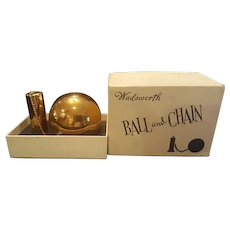 "Rare Collector's "" Ball and Chain ""Compact w/ ORG. BOX !! by Wadsworth * Novelty"