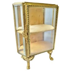 Large VTG Stand Up Vitrine Casket Gold Plate Beveled Glass Trinket Box