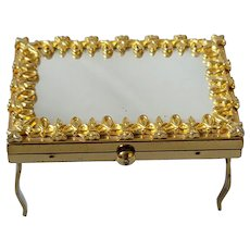 Wadsworth Gold Plate Vanity Shaped Compact