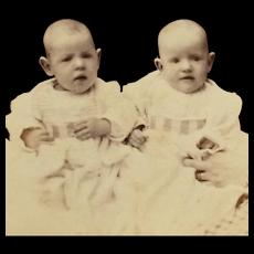 Carte De Visite- Twin Baby Babcock Girls With Hidden Mother