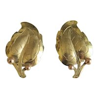 Vintage 14 k yellow gold ear clips, ca. 1960