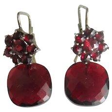 Antique Garnet flower earrings, gilt silver, ca. 1910