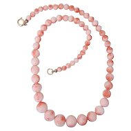 Vintage pink Coral  necklace , early 20th century
