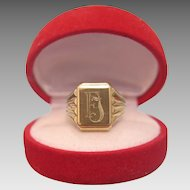 Timeless signet ring with monogram, fourteen karat yellow gold, ca.1965