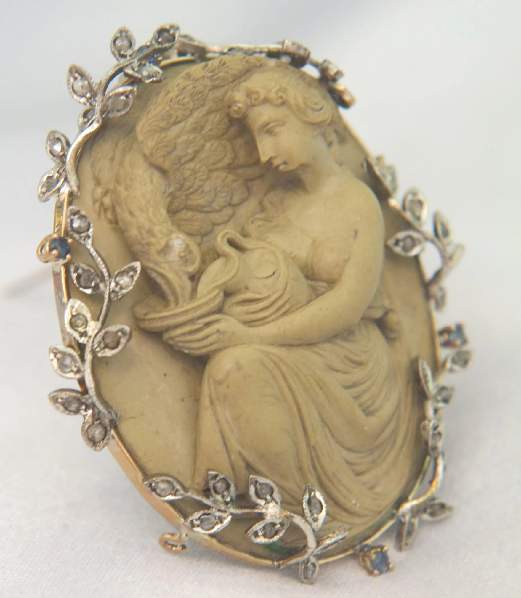 Antique lava cameo figuring hebe and zeus14k gold mounting with click to expand mozeypictures Gallery