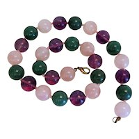 Vintage Amethyst, Rose Quartz and Chrysopras bead necklace, ca. 1960