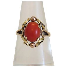 Vintage red Coral cabochon ring, 14K yellow gold, ca. 1950
