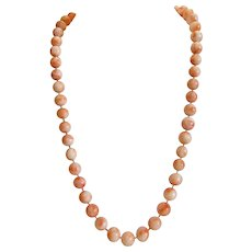 Vintage pink Coral bead necklace, 20th century