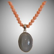 Vintage pink Coral bead necklace with Moonstone pendant, ca. 1950