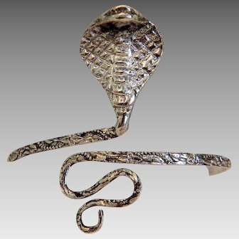 Antique silver snake bracelet figuring a rattle snake,ca.1910