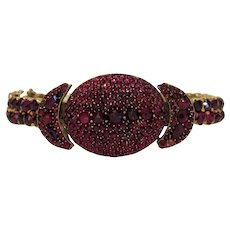 Antique Garnet bangle bracelet, 9 k yellow gold, 19th century