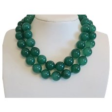 Vintage Chrysoprase bead necklace, ca.1950
