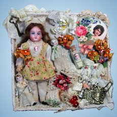 """Sweet 5 1/2""""Bisque (glass eyes, Swivel head) Mignonette Doll with two 2"""" baby dolls in Display box"""