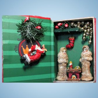 """Two So sweet tiny 2""""  Bisque Miniature Dollhouse Sister dolls in Christmas Room Box"""