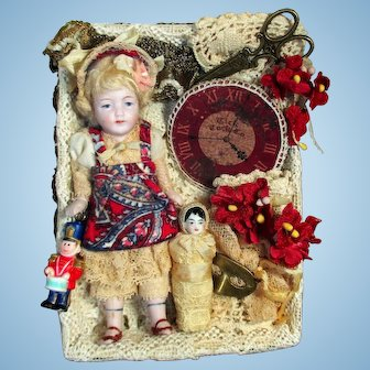 """Sweetest 4 1/2"""" All Bisque Mignonette Dollhouse doll & Baby in Display Box"""