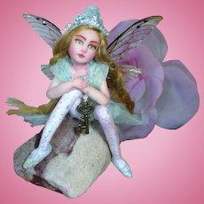 "(Glow)"" Lovely 3 3/4"" OOAK Miniature Magical Fairy (Nooshfairlove)"
