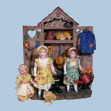"""Three Sweet & Tiny 21/4""""-3"""" All Bisque  Miniature Dollhouse dolls in Garden Setting"""