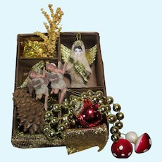 "Tiny 21/4"" Christmas Angel with box of mini Ornaments"