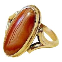 Edwardian Oval Hand Cut Cabochon Agate 10K Yellow Gold Ring