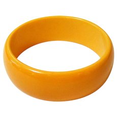 Art Deco Chunky Butterscotch Bakelite Bangle Bracelet