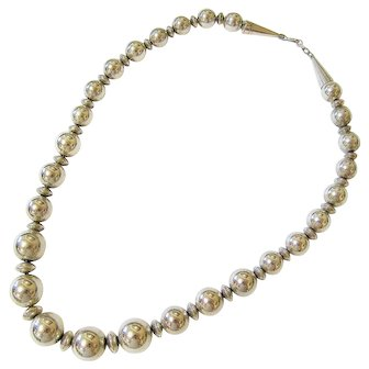 Native American Sterling Silver Pearl Necklace