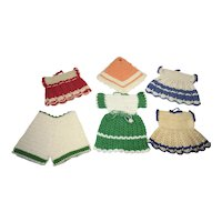 6 Crocheted Pot Holders Dresses and Pants